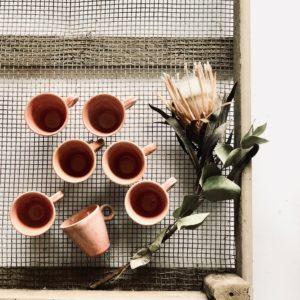 Kleine lachsfarbene Espresso Tasse