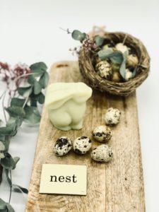 Süße Hasenseife mit wunderbaren zarten Duft nach Wiesenblumen, 130 g