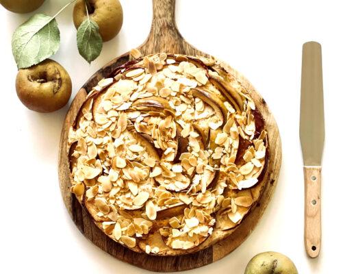 Veganer Apfelkuchen mit Mandeln